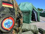 Petugas Medis Tentara China dan Jerman Tangani Kolera dalam Latihan Gabungan