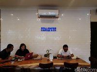 Stillwater Coffee & Co: Ada Croissant Keju Renyah di <i>Coffee Shop</i> <i>Homey</i>