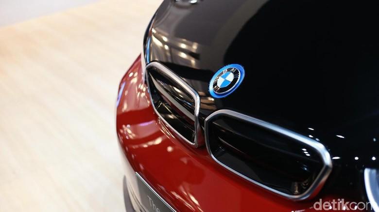 BMW i3s Foto: Ari Saputra