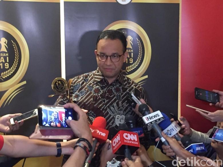 Bertemu Jokowi Lewat Pintu Samping Istana, Anies: Ikut Protokoler