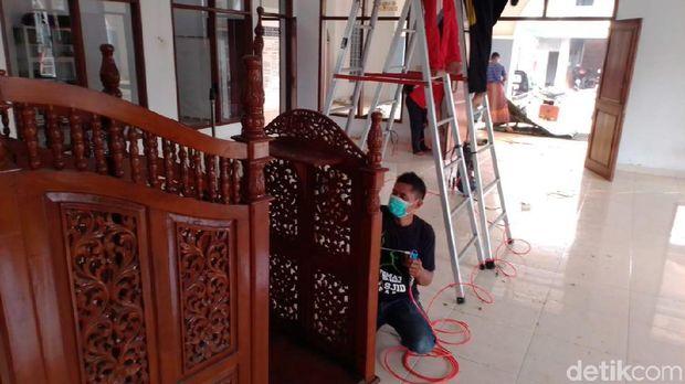 Mengenal Komunitas Bebersih Masjid di Jepara, Swadaya dan Cuma-cuma