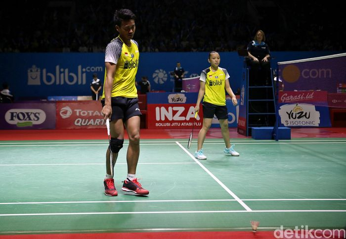 Langkah ganda campuran Indonesia, Tontowi Ahmad/Winny Oktavina Kandow, terhenti di perempatfinal Indonesia Open 2019.