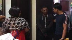 Nunung Ditangkap, Keluarga Sambangi TKP Penggerebekan