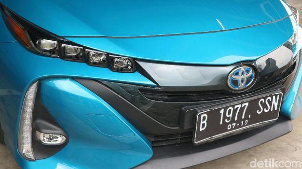 Nikung 90 Derajat 40 Km/Jam Pakai Mobil Ini Nggak Perlu Ngerem!