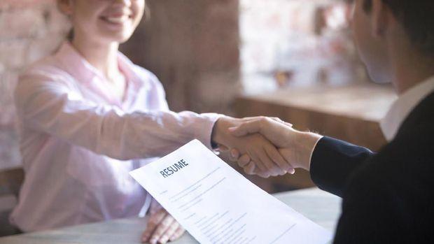 Cara Membuat CV Lamaran Kerja yang Benar dan Menarik [EBG]