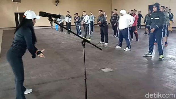 Polisi gemuk jalani pelatihan/