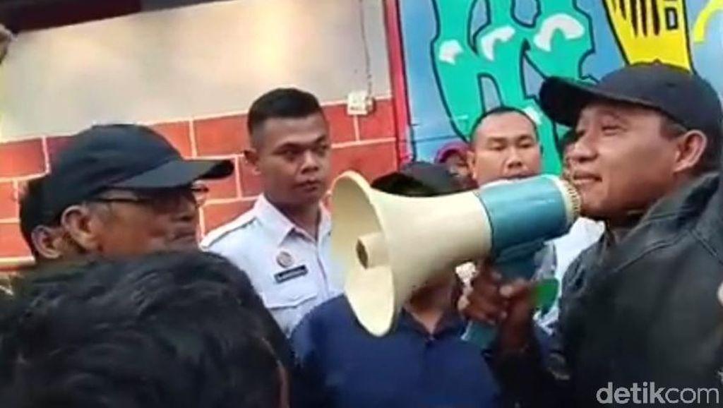 Aktivis Anti Korupsi Blitar Tuntut Dibentuk Pencari Fakta Pemalsu Surat KPK