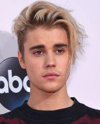 Asyik! Berkat Tweet Justin Bieber Es Loli Ini Akan Ada Lagi