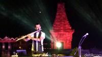 Hadir juga musisi mancanegara seperti Rodrigo Parejo (Spanyol) dan Yuliana Meneses Orduno (Meksiko). (Erliana/detikcom)