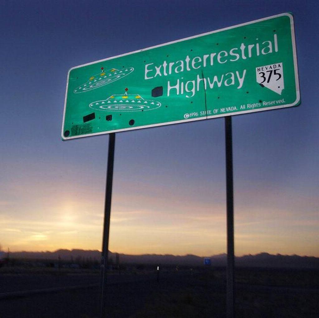 Waduh, Banyak yang Cari Area 51 di Situs Dewasa