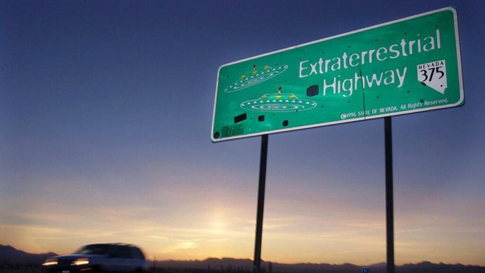 Extraterrestrial Highway dekat Rachel, Nevada, kota terdekat ke Area 51. (Foto: ASSOCIATED PRESS/Laura Rauch)