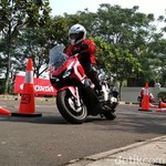 Menjajal Skutik Penjelajah 150 cc Honda ADV 150, Pertama di Dunia