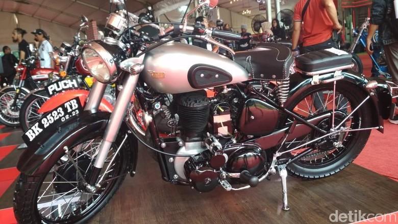 Motor modifikasi di Medan Foto: Budi Warsito