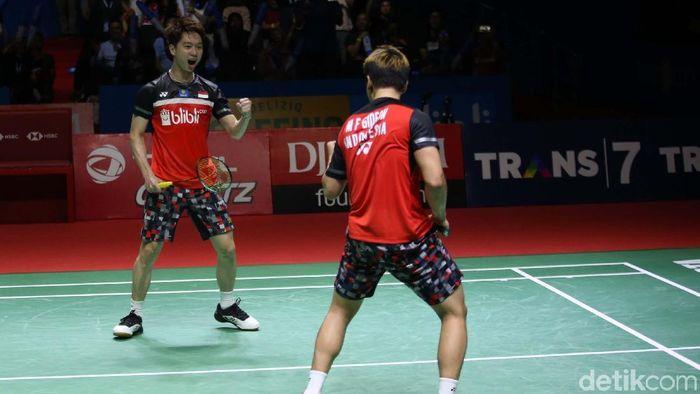 Kevin Sanjaya Sukamuljo/Marcus Fernaldi Gideon menjuarai China Open 2019. Foto: Agung Pambudhy
