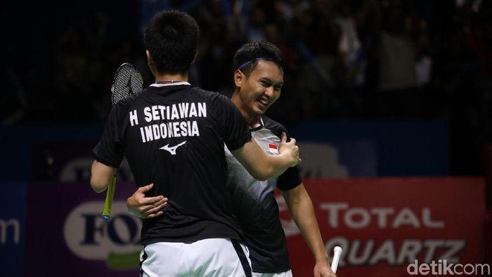 Hendra Setiawan/Mohammad Ahsan relaks sajalah di Kejuaraan Dunia Bulutangkis 2019.  (Agung Pambudhy/detikSport)
