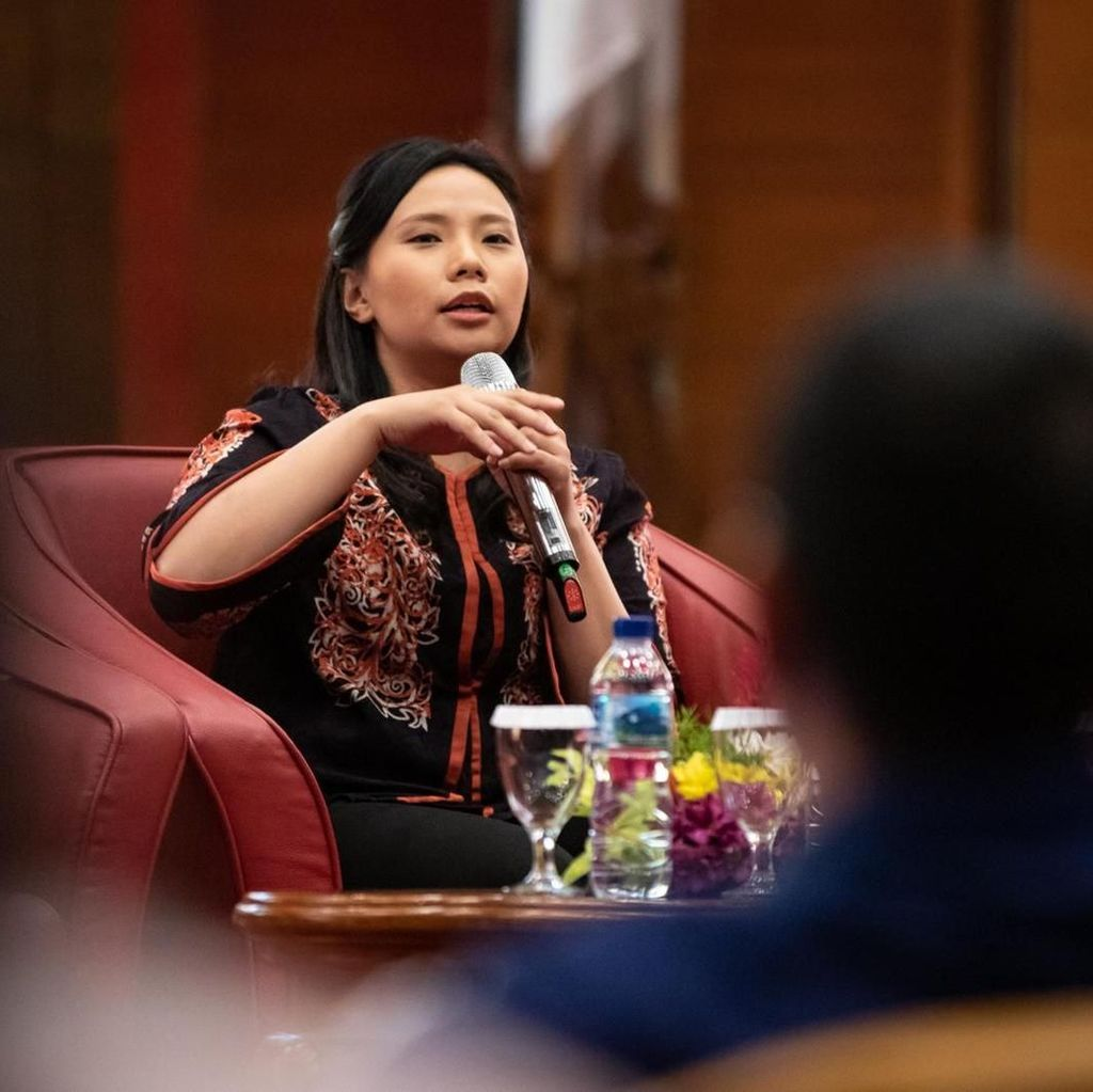 Livi Zheng Gandeng Emil Dardak untuk Film The Santri