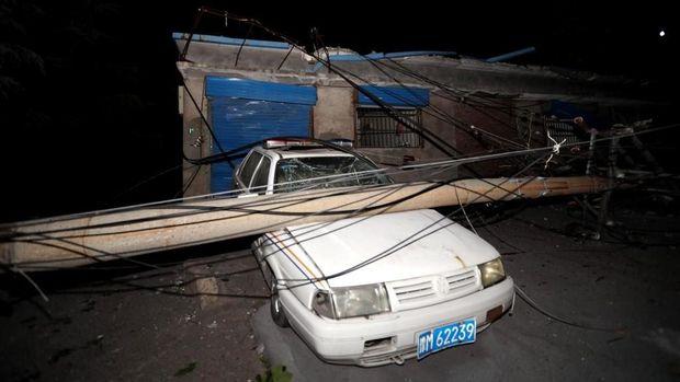 Dampak ledakan pabrik gas di Henan, China