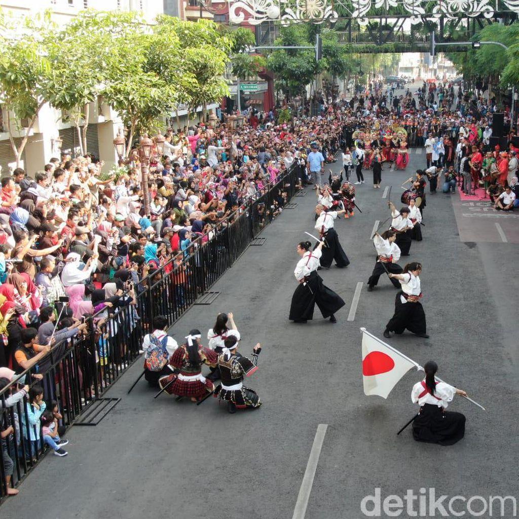 Risma Sebut Keramahan dan Kebersihan Modal Surabaya Jadi Kota Wisata