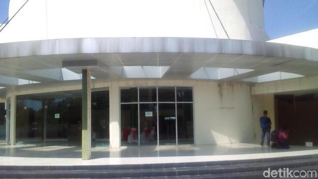 Memprihatinkan! Museum Olahraga di Kompleks Api Abadi Mrapen Mangkrak