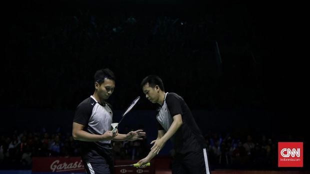 Ahsan/Hendra gagal membendung permainan cepat Kevin/Marcus di final Indonesia Open 2019.