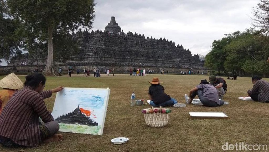 Kontribusi Perupa Indonesia dan Vietnam Mengabadikan Borobudur