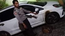 Mobil Warga Jombang Dibakar Orang Tak Dikenal dengan Bom Molotov