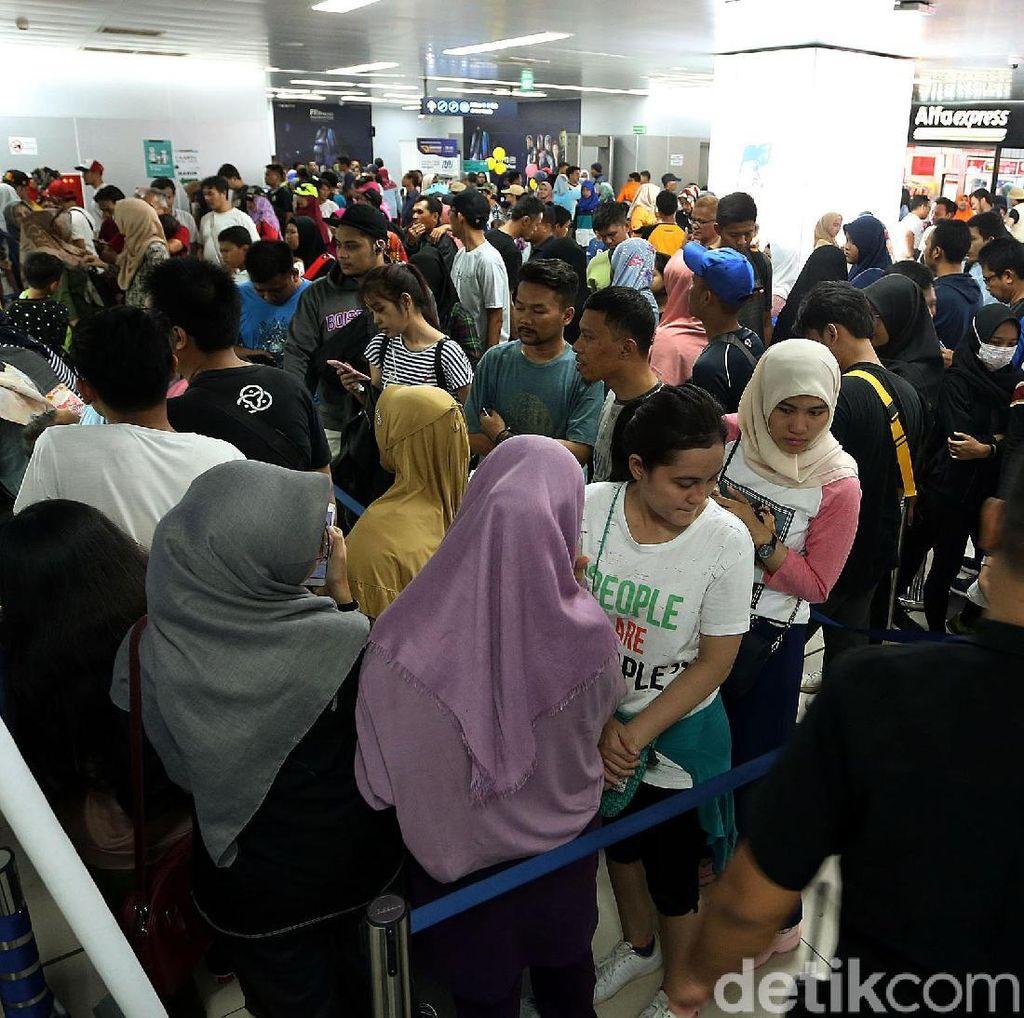 MRT Jakarta Jadi Primadona Hiburan Warga Saat Liburan