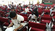 15.888 Orang Ikuti Ujian Seleksi Mandiri UNS di 8 Kota