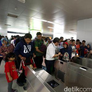 Efisiensi Waktu, MRT Jakarta Bakal Luncurkan Kartu Multitrip