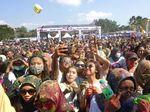 Dipandu Widi dan Onad, Milenial Kediri Antusias Ikut Color Run BYMS