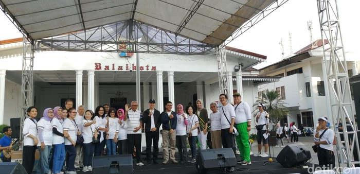 Pelayanan pemeriksaan gigi gratis diselenggarakan PDGI Kota Bogor dan CT Arsa Foundation. (Zakia LF/detikcom)
