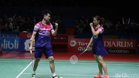 Zheng Si Wei/Huang Ya Qiong Sabet Juara Ganda Campuran Indonesia Open