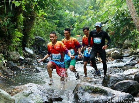 Para peserta Banyuwangi Ijen Green Run