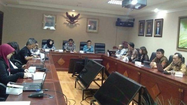 Rapat antara Kemenag, Kominfo, Traveloka, dan Tokopedia membahas umrah digital.
