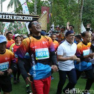 Bupati Azwar Anas Lepas Banyuwangi Ijen Green Run