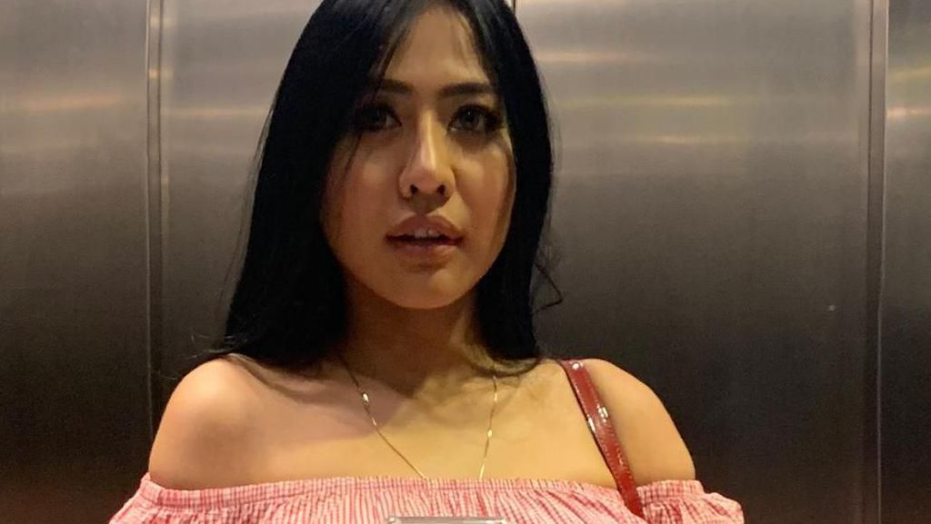 Pacar Hilang, Jelly Jelo Berjuang Sendiri Demi Anak