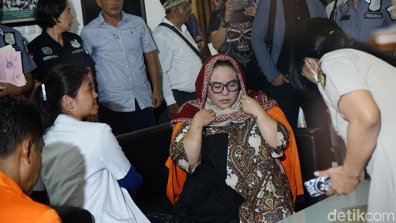 Polisi Ungkap Detik-detik Penangkapan dan Penggeledahan di Rumah Nunung