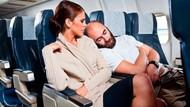 8 Jenis Penumpang Paling Menyebalkan di Pesawat, Apa Saja?