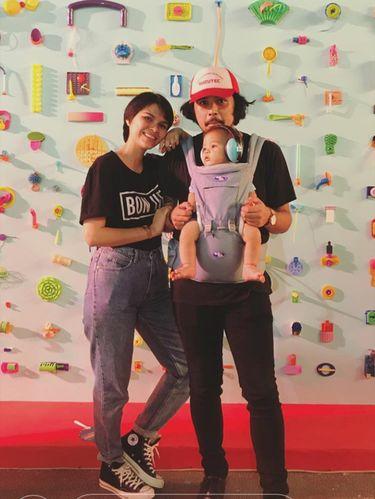 Kok Bisa Petra Sihombing dan Firrina Bawa Bayi ke We The Fest?