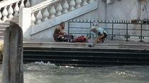 Bikin Kopi di Jembatan Venesia, Turis Malah Kena Denda