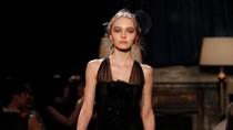 8 Wanita Tak Tinggi Semampai Tapi Sukses Jadi Top Model