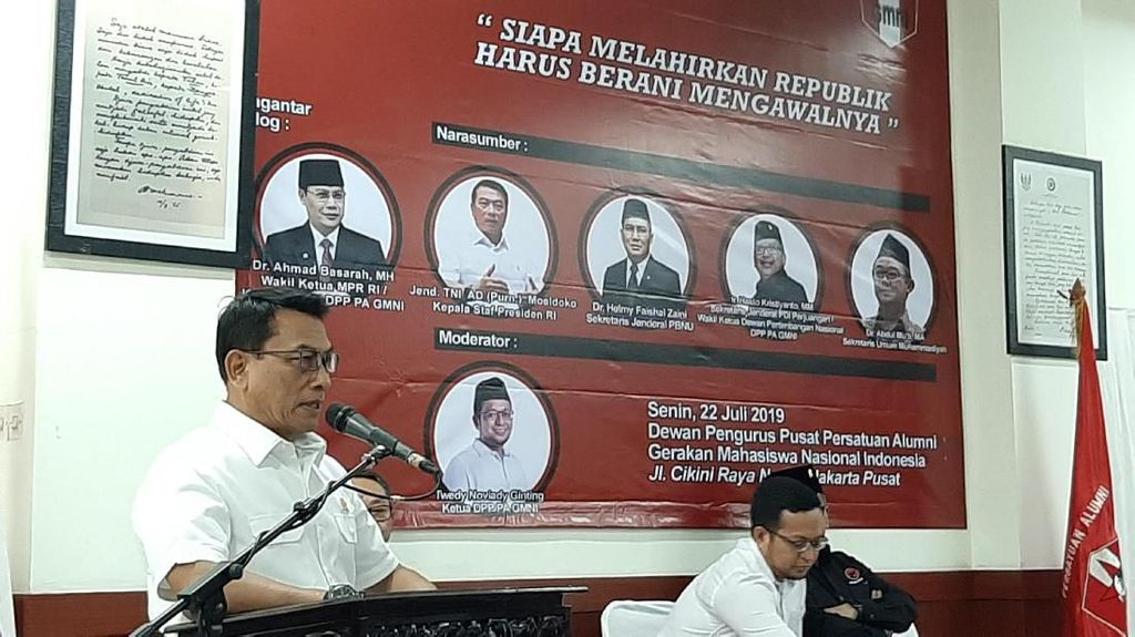 Selain Narkoba, Moeldoko Nilai Indonesia Diancam Illegal Logging