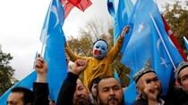 China Sebut Orang Uighur Dulunya Dipaksa Masuk Islam