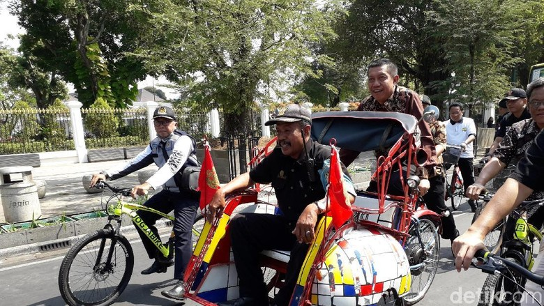 Sepeda Listrik dan Prototype Becak Listrik Diluncurkan di Malioboro