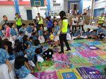 Lewat Ular Tangga, Polres Tangsel Ajarkan Siswa SD Tertib Lalu Lintas