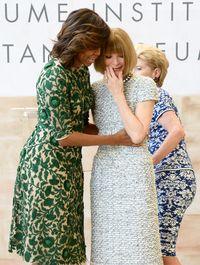 Michelle Obama dan Anna Wintour.