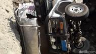 Mobil Terguling di Proyek Underpass Sleman Dikendarai WN Australia