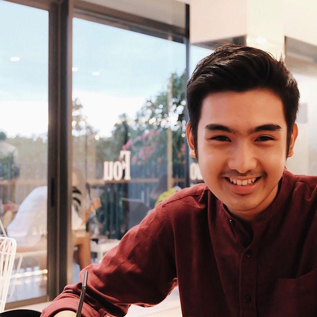 Cakra Yudi Putra, Politisi Muda Ganteng yang Doyan Kulineran