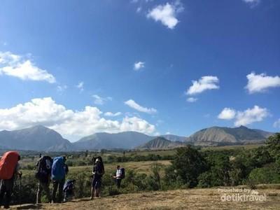 Megahnya Gunung Rinjani Via Torean