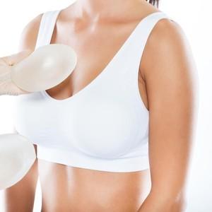 Wanita Habiskan Rp 6,4 M untuk 39 Kali Oplas Demi Punya Payudara Terbesar